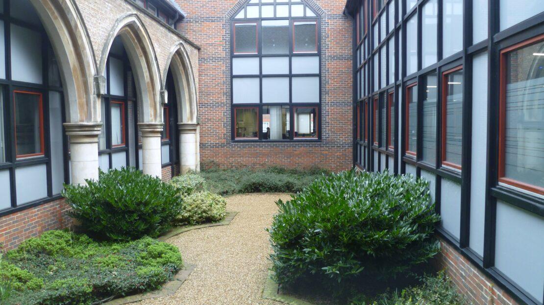 Christchurch House, Upper George Street, Luton, LU1 2RD (Courtyard)