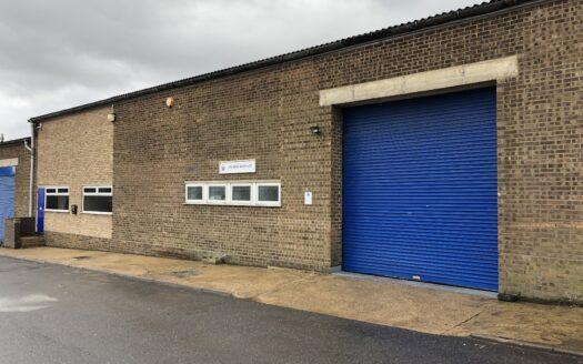 Kingsway Industrial Estate, Unit M, Kingsway, LU1 1LP